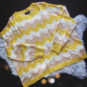 VICI Sz Small Oversized knit yellow Sweater